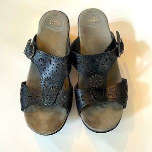 DANSKO | black slip on mule sandals sz 38